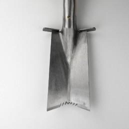 Зазубренная лопата для пересадки Sneeboer